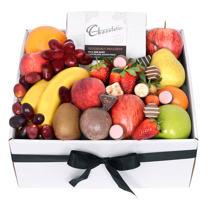 Classic Fruit Box with Chocs