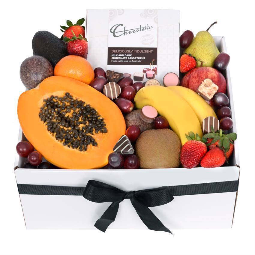 Deluxe Fruit Box with Chocs